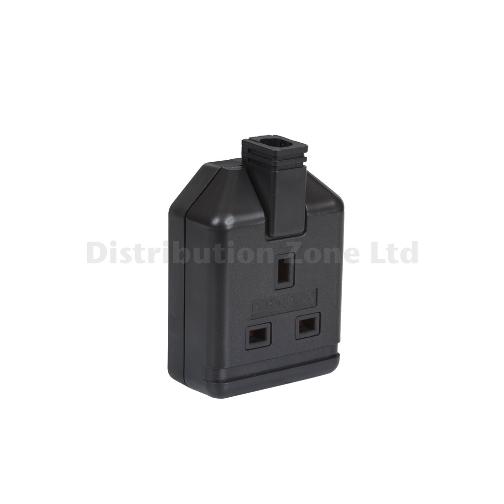 Durable Thermoplastic Rubber Trailing Socket 2 Gang 13amp Black
